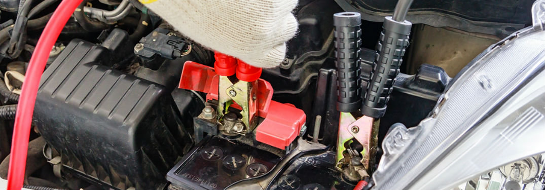 How To Jump Start Your Car Without Jumper Cables S