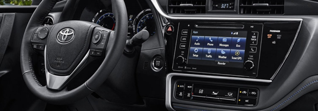 display screen and steering wheel of 2019 corolla