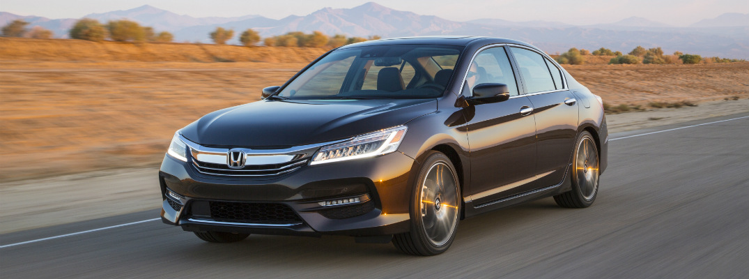 ... 2017 Honda Accord Sedan Side View