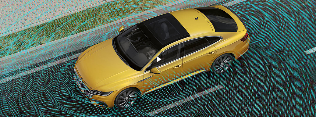 Overhead View Area View Camera shot of the 2019 Volkswagen Arteon with sensors visually displayed