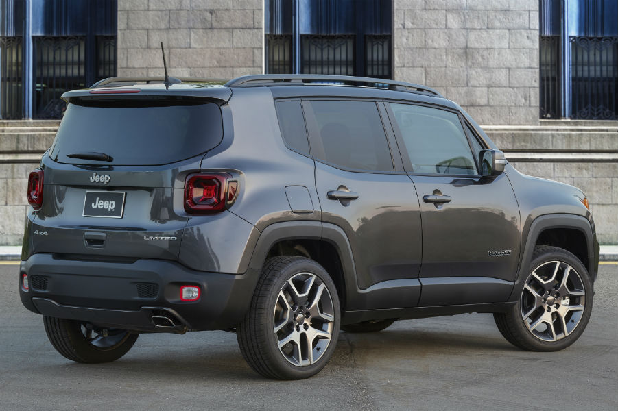 A rear right quarter photo of the 2019 Renegade.