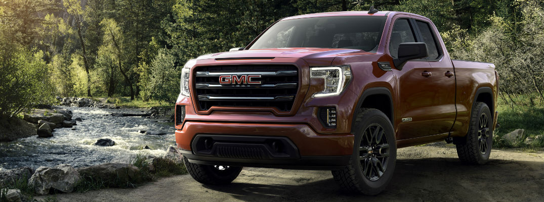 A front left quarter photo of the 2019 GMC Sierra Elevation.
