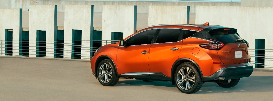 A left profile photo of the 2021 Nissan Murano.