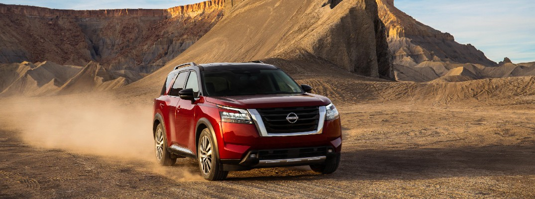 A photo of the 2022 Nissan Pathfinder in the desert.