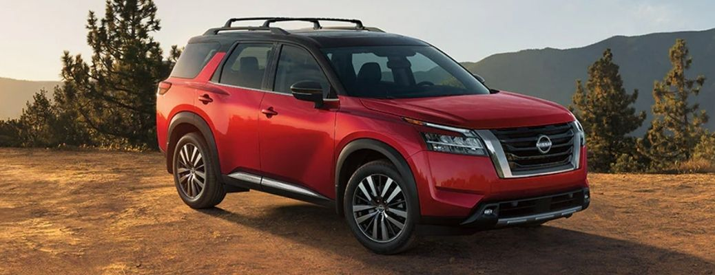 View of the 2022 Nissan Pathfinder in red