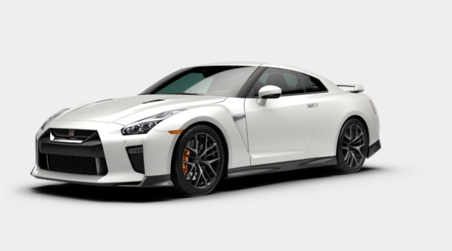 2019 Nissan GT-R in Pearl White Tricoat