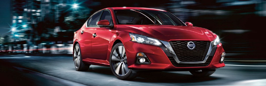Watch in-depth videos about the 2020 Nissan Altima
