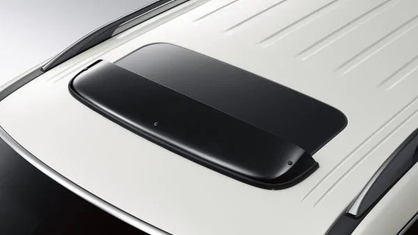 2020 Nissan Armada Moonroof wind deflector