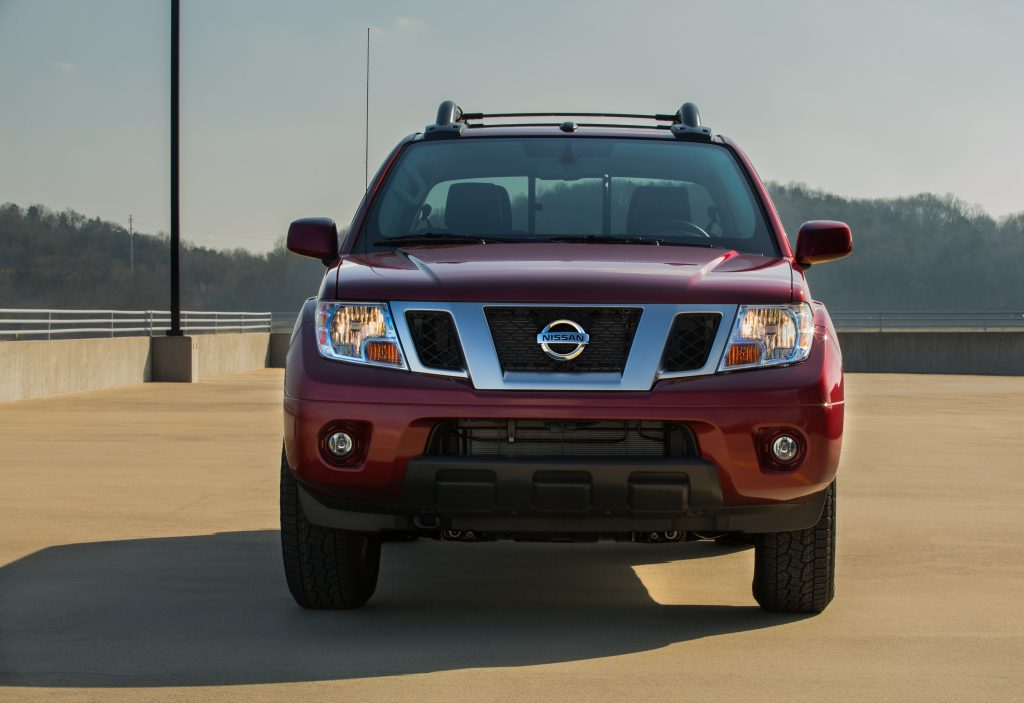 front view of the 2020 Nissan Frontier