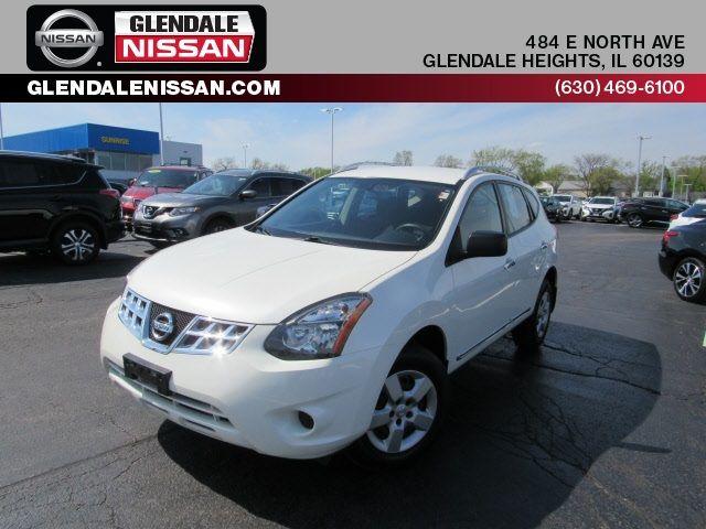 Nissan Rogue on Glendale Nissan lot