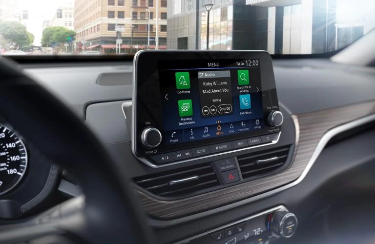 media screen in the 2020 Nissan Altima