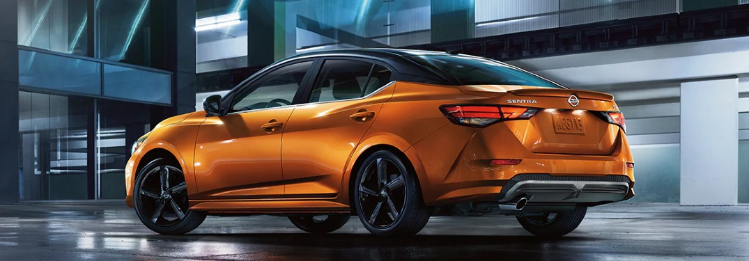 2021 Nissan Sentra driving in city at night
