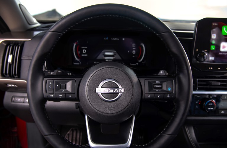2022 Nissan Pathfinder steering wheel