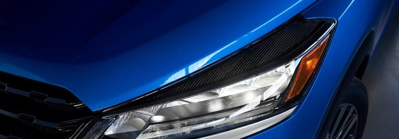 2021 Nissan Kicks headlight