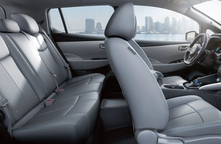 2021 Nissan LEAF seats view
