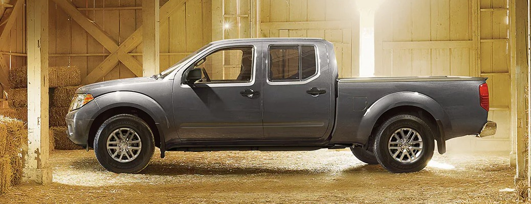 2022 Nissan Frontier silver side view