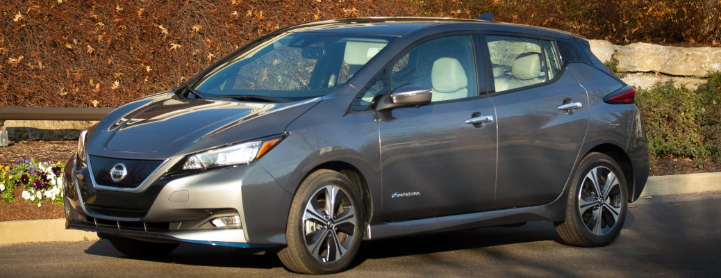 What is the battery capacity of the 2022 Nissan LEAF?