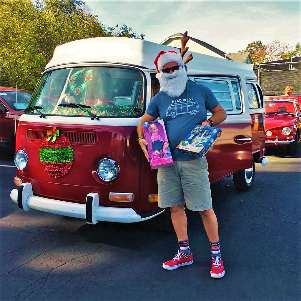 2017 SD Vintage VW Christmas Cruise Santa