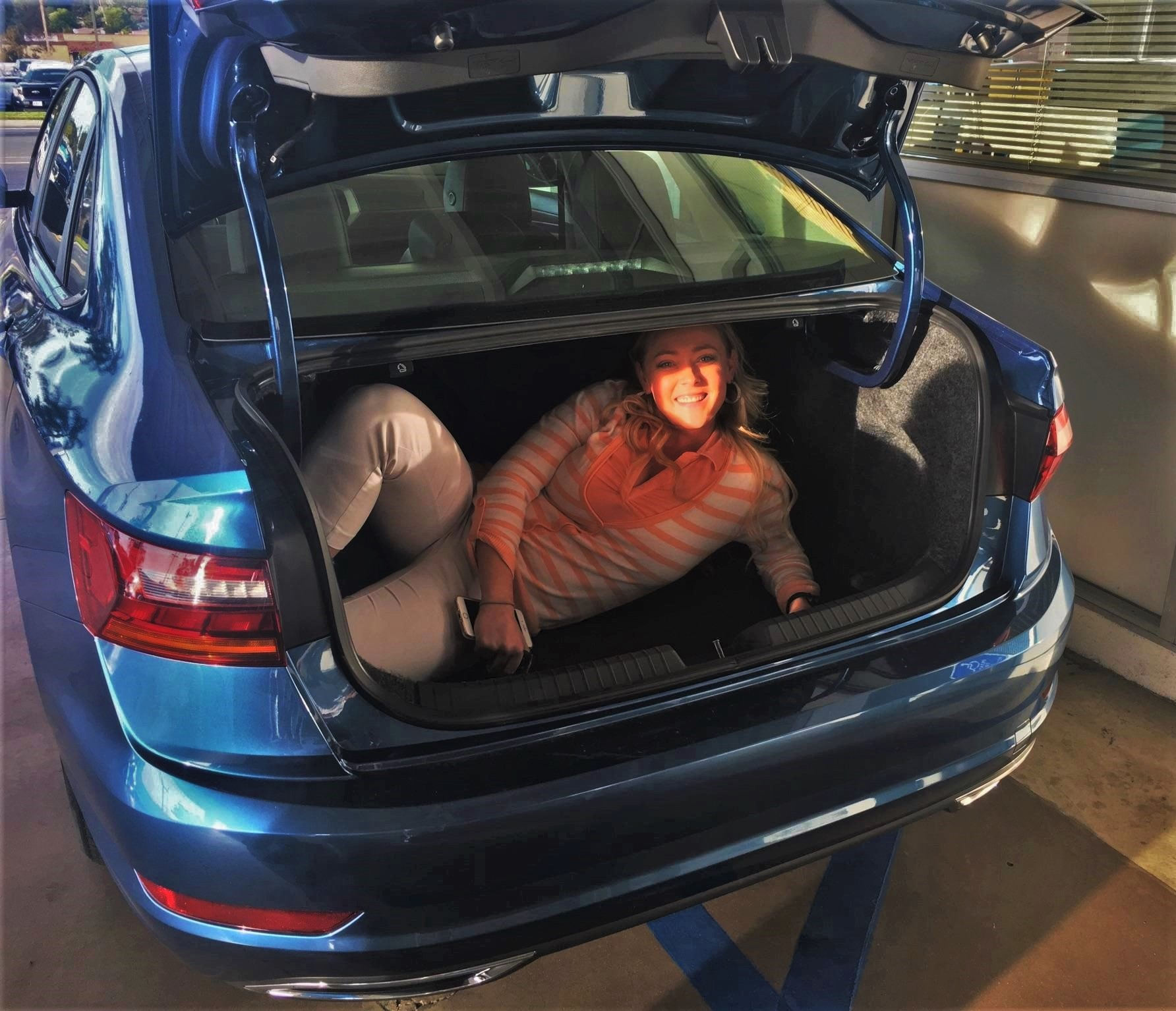 Kasi Jetta Trunk on Volkswagen Jetta Tsi Engine