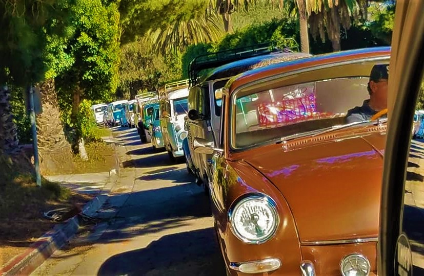 Vintage VW Christmas Cruise Line