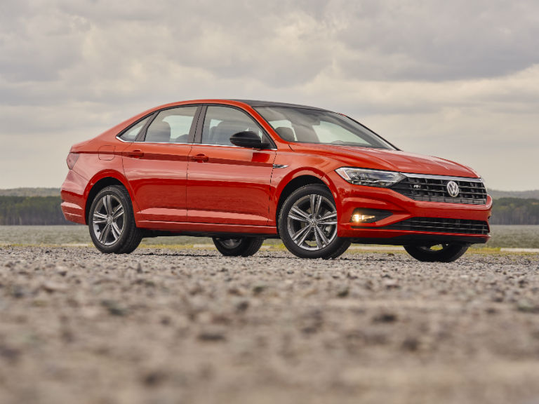 2019 Volkswagen Jetta: The Perfect Combination of Power and Fuel Efficiency