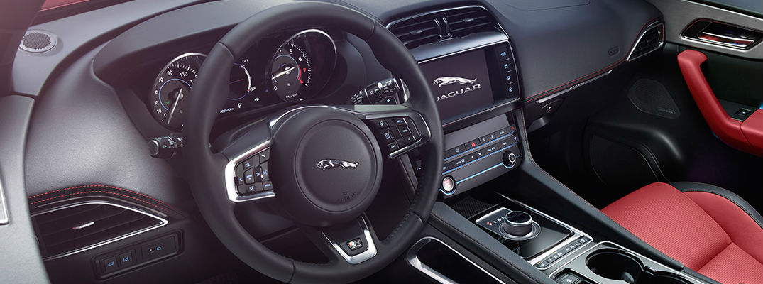 Jaguar InControl Touch in 2018 Jaguar F-PACE Cabin