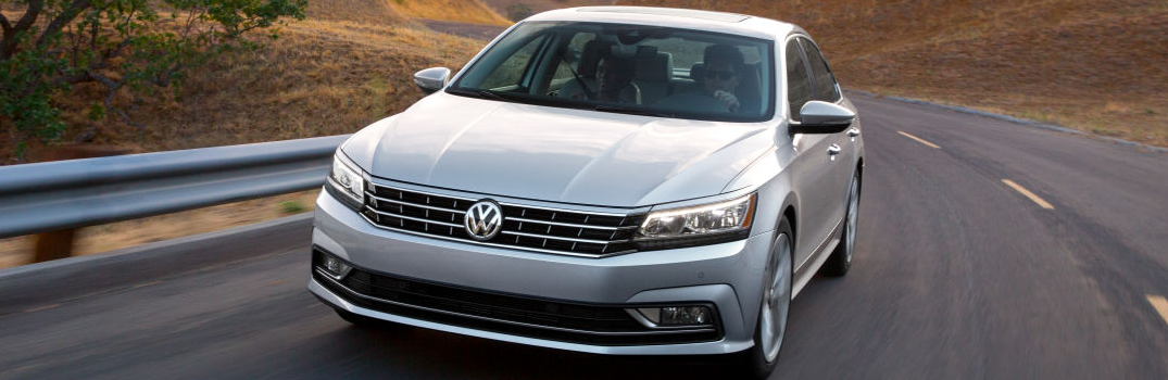 What are the Color Options on the 2016 Volkswagen Passat?