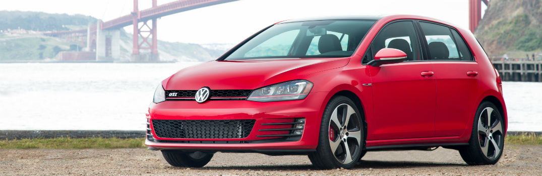 2016 Volkswagen Golf GTI Technology and Safety Features_o