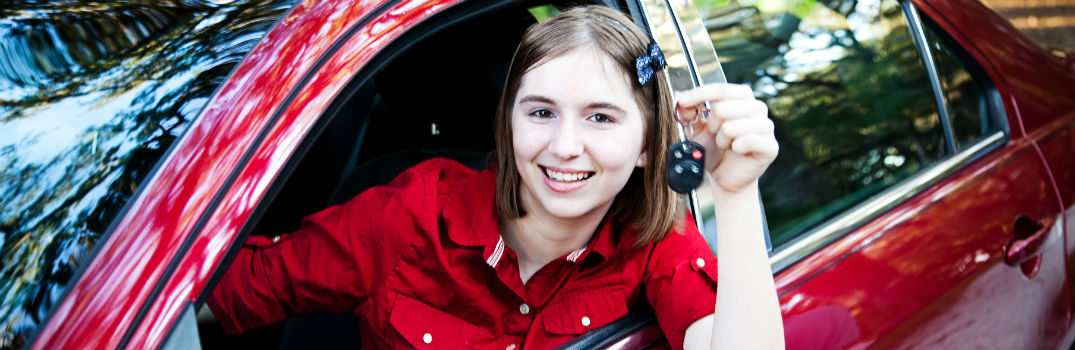 What to Look For in Your Teens First Car_b