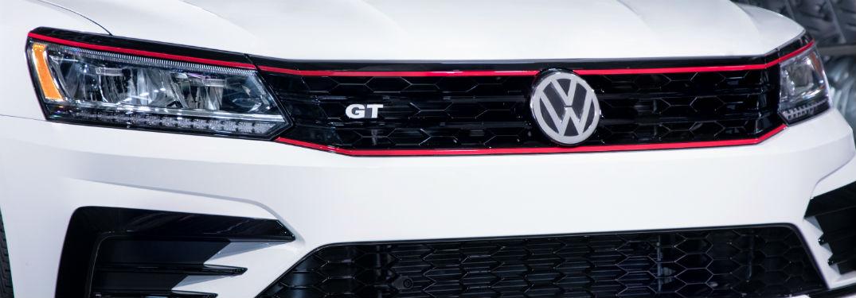 front grille of 2018 volkswagen passat gt v6 closeup shot