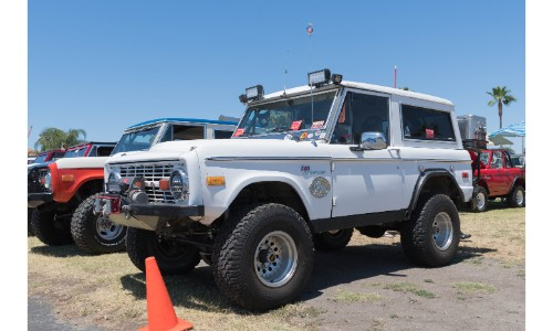 Ford Bronco with custom wheels