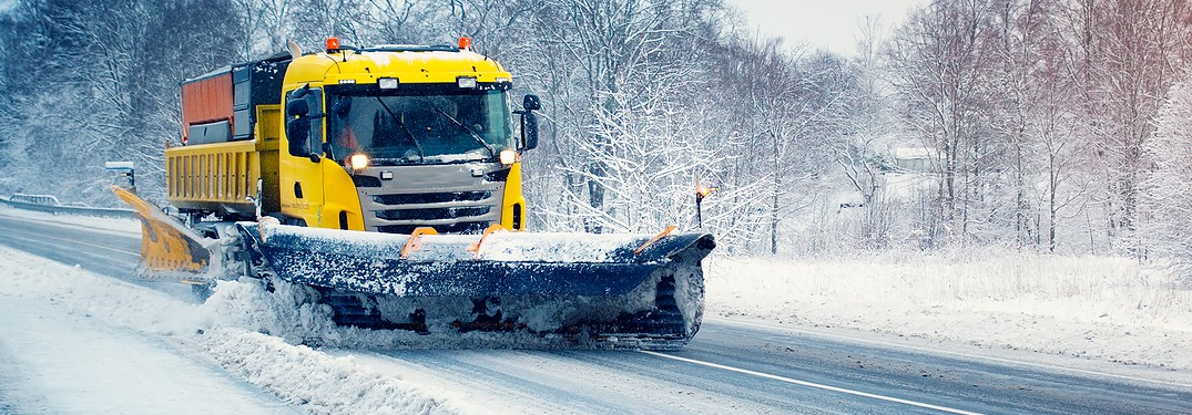 Snow plow from exterior front
