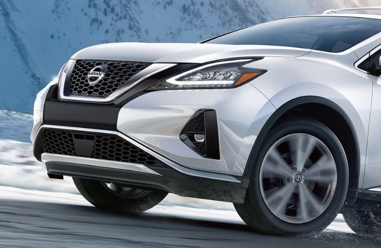Nissan Murano Front Side