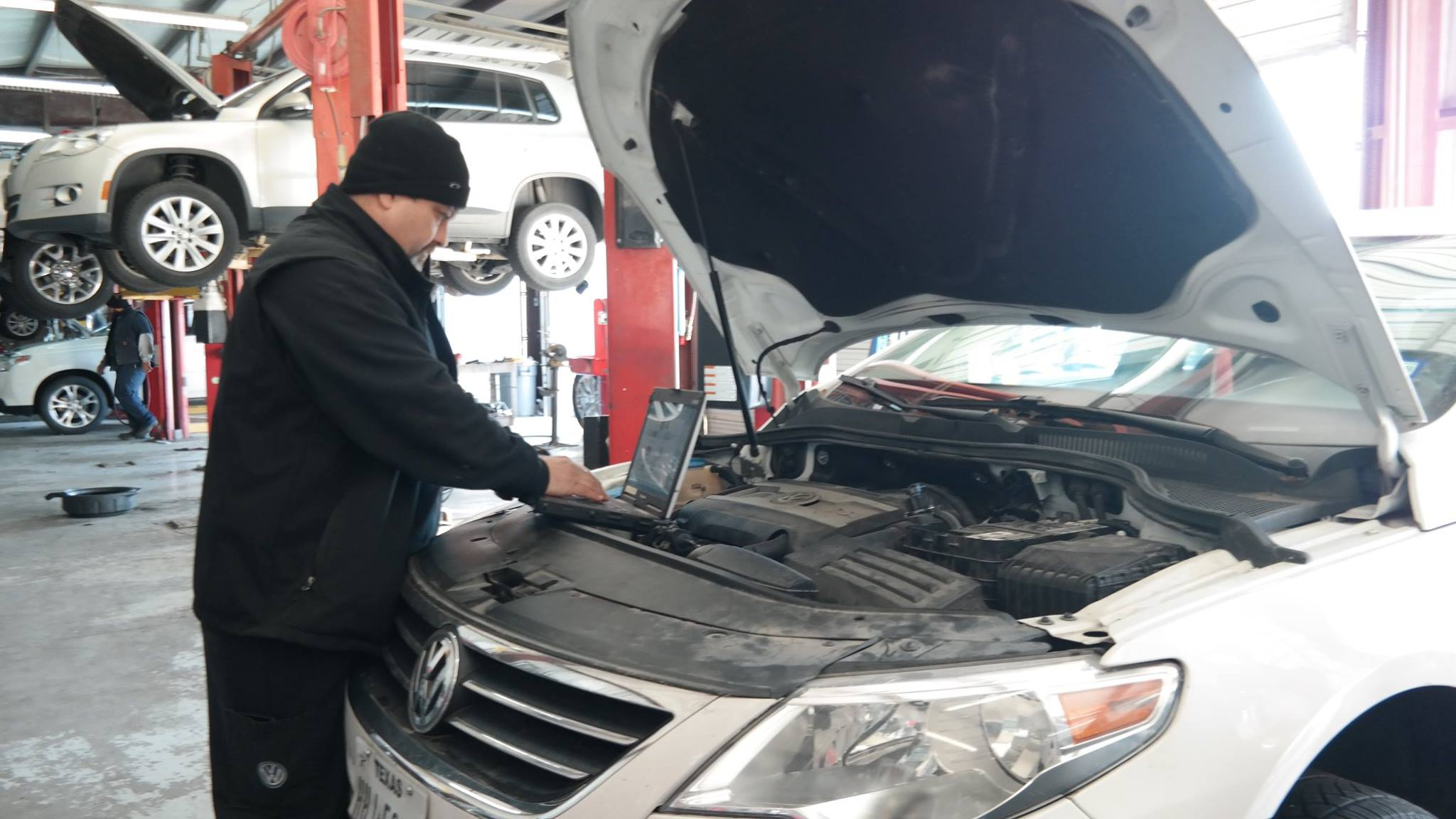 Our Mechanics Use Cutting Edge Technology So That Every Vehicle Is Given  Precise Maintenance!