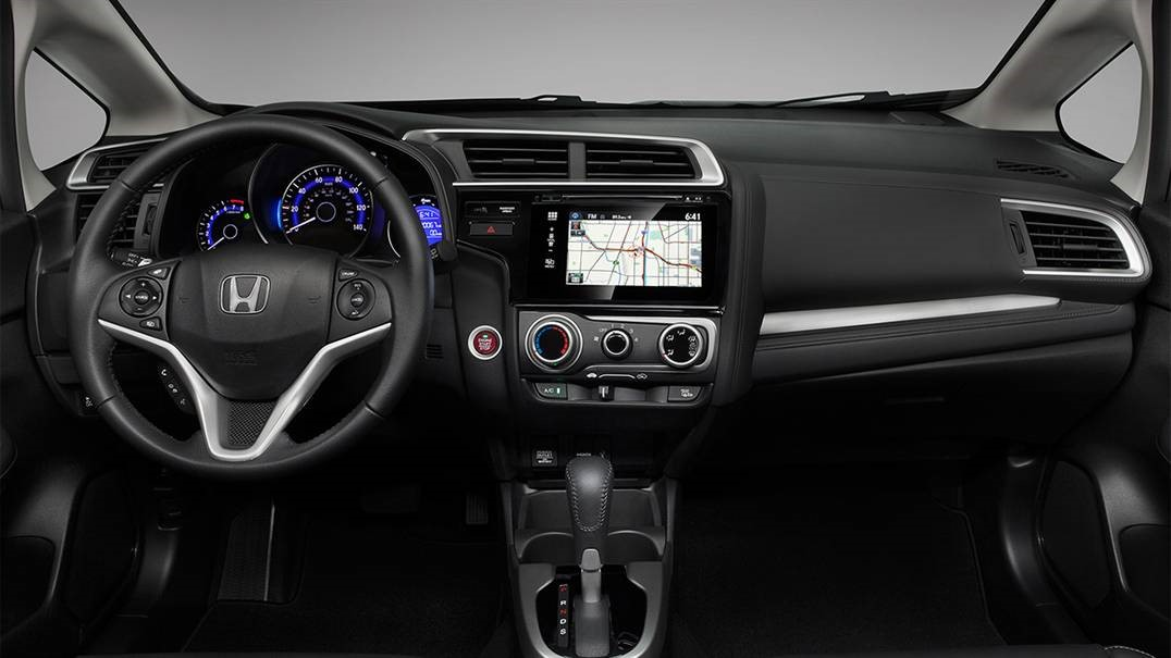2016-Honda-Fit-interior