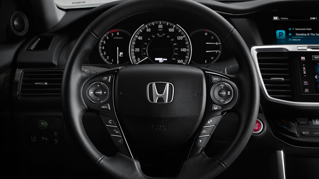 2016-honda-accord-sedan-wheel-mounted-controls