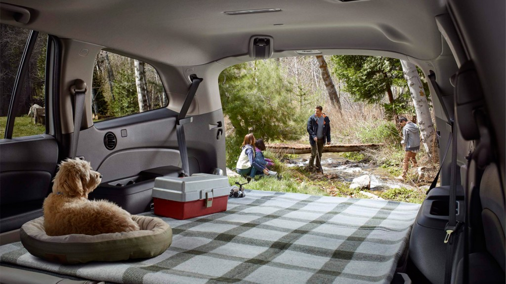 2016-honda-pilot-interior-trunk-cargo-space