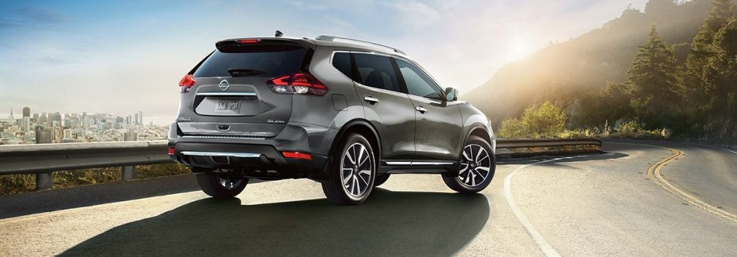 2018 Nissan Rogue parked on the shoulder of the highway