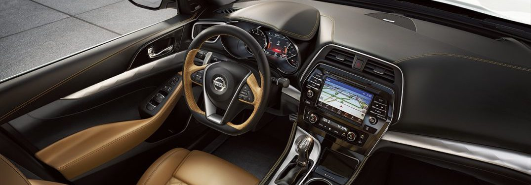 Birds-eye view of the infotainment system and interior of the 2018 Nissan Maxima SR