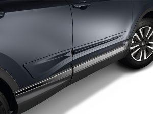 2018 Honda CR-V body side moldings