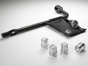 2018 Honda CR-V wheel locks