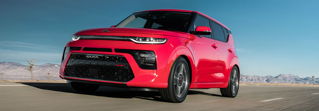 What is the Power and Performance of the 2020 Kia Soul?