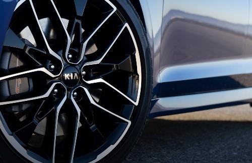 2021 Kia k5 exterior close up of wheel