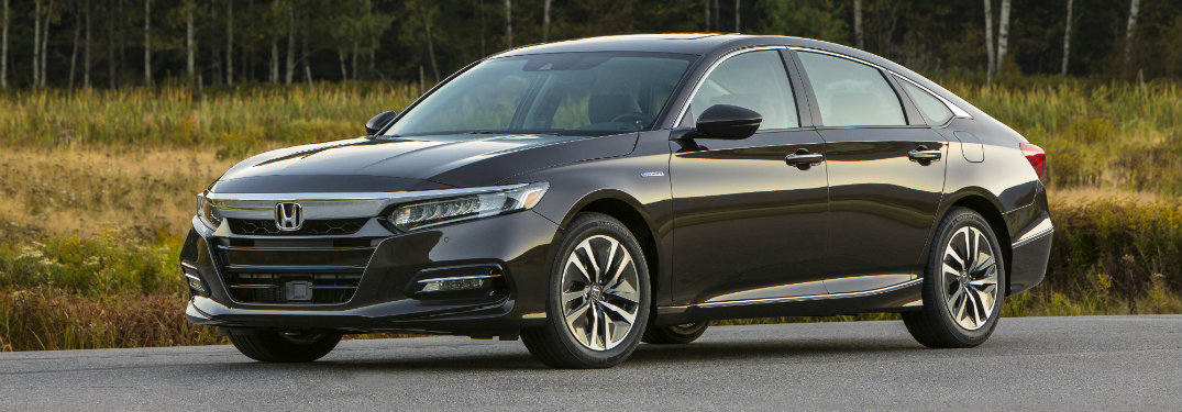2018 Honda Accord Hybrid front exterior view black