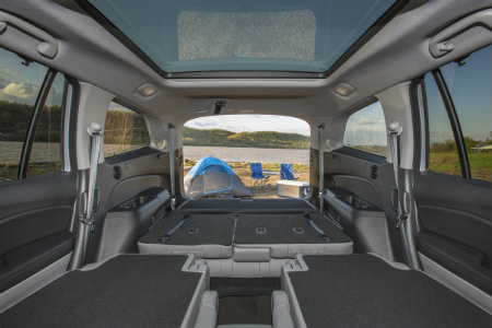 Honda Pilot Exl Vs Touring >> 2018 Honda Pilot Seating and Storage Space