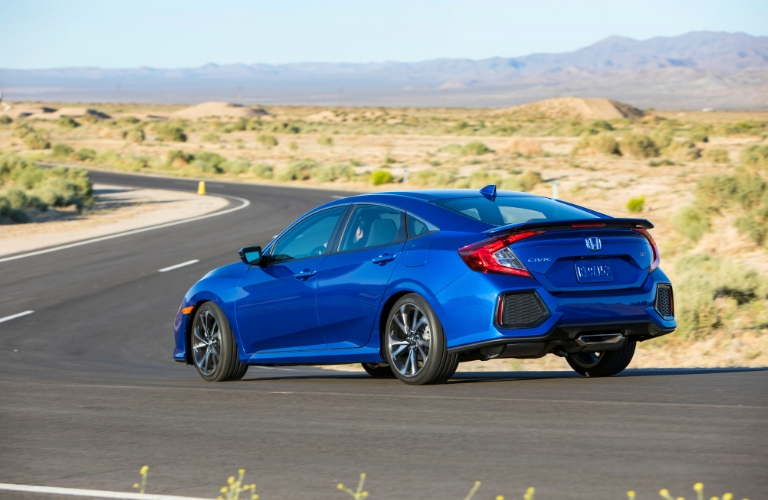 Blue 2019 Honda Civic Si Rear Exterior on Desert Highway
