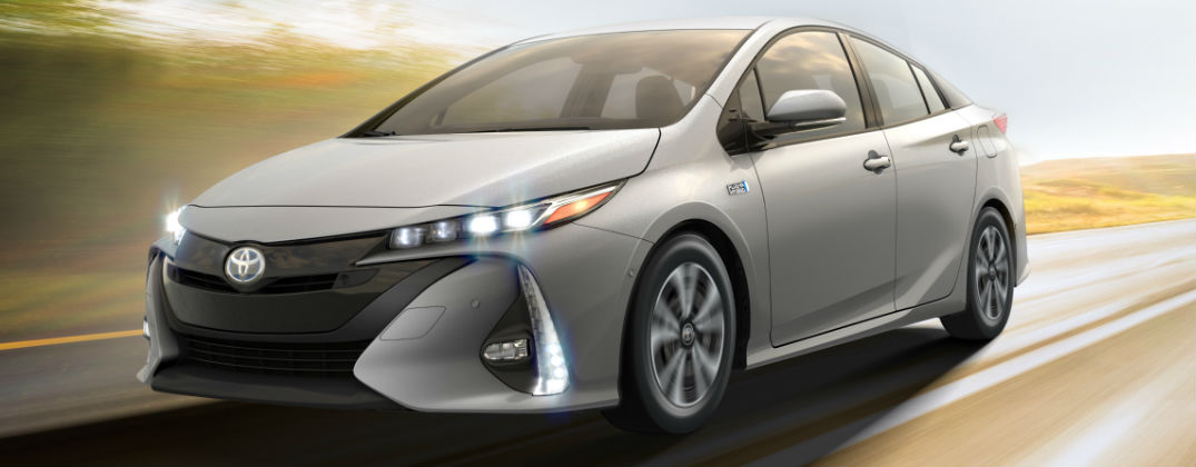 official 2017 toyota prius prime release date and design. Black Bedroom Furniture Sets. Home Design Ideas