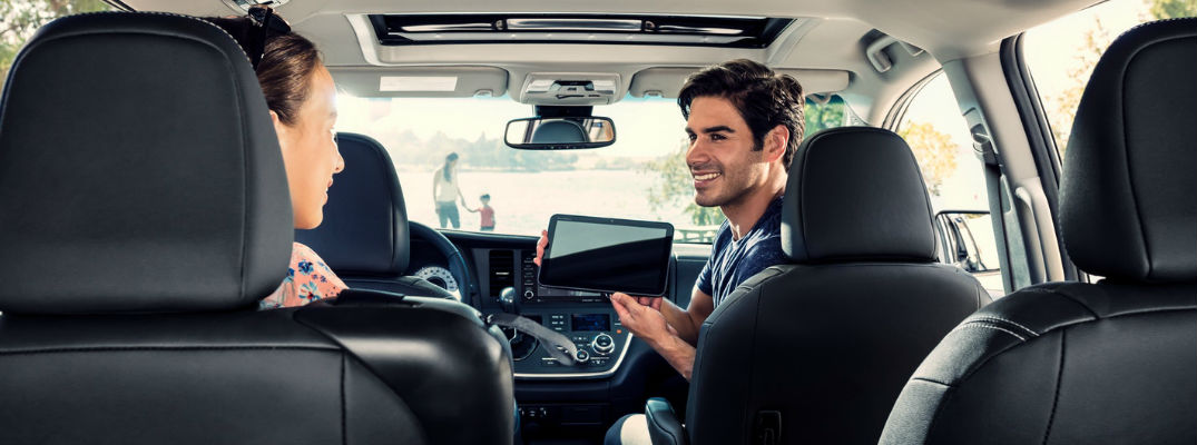 Step-By-Step Guide to Toyota Entune™ 3.0 Wi-Fi Features and Capabilities