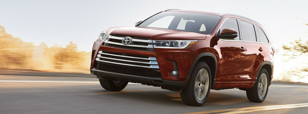 Family-Friendly Toyota Highlander Available in 9 Exterior Color Options at Downeast Toyota!