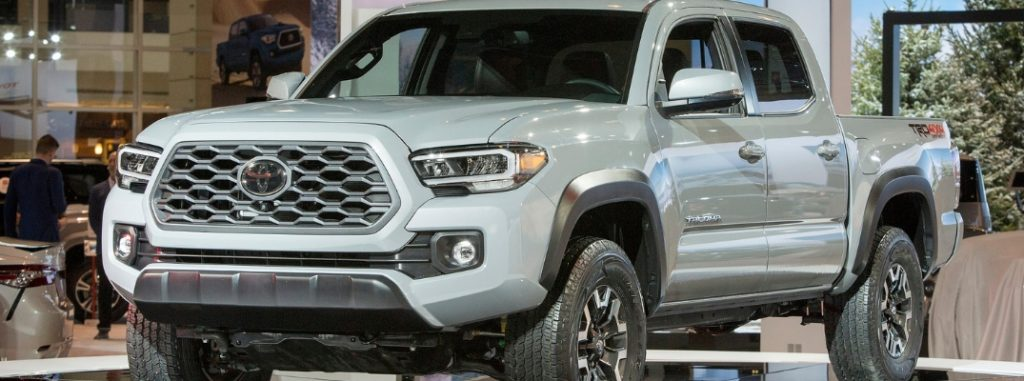 Photo Gallery of the 2020 Toyota Tacoma and 2020 Toyota ...